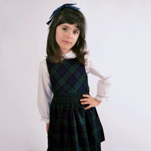 KIDIWI Girls Tartan 2 Piece Hand Smocked Dress Set1